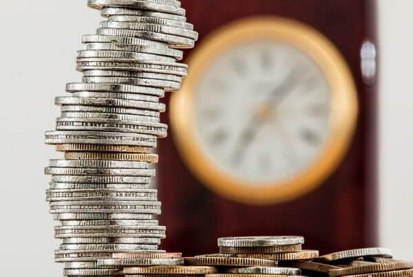 Investujte pravidelně a vyděláte i při dlouhodobém poklesu
